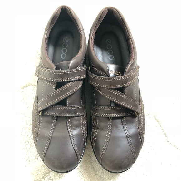 ecco women's shoes with velcro